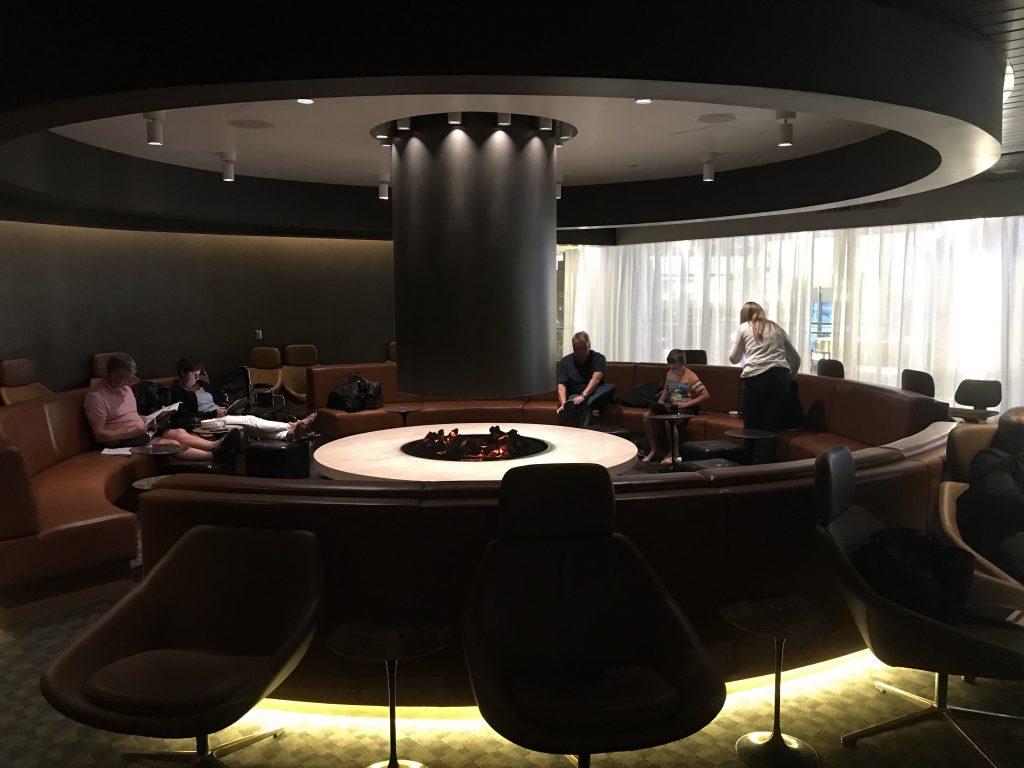 One-World-lounge-LAX-fireplace