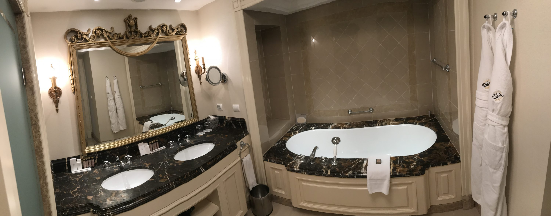 Kiev-Fairmont-Hotel-Ukraine-review