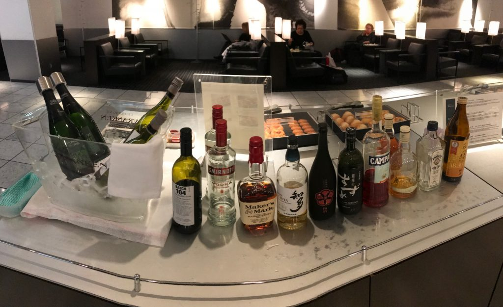 ANA-business-class-lounge-Narita-booze-airport